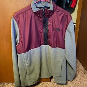 Warm, soft, lightweight north face pullover